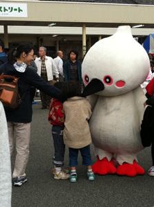ONE POINT-菓子祭前日際_ゆるキャラコウノトリ